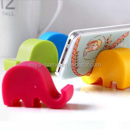 Best sale cute elephant bedside mobile phone small stand / multi-functional mobile phone creative fixed Stent