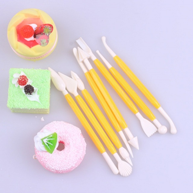 Plastic Fondant Cake Decorating Knife Baking Tools - Buy Fondant Cake Cake  Stencil Decorate Tool,Sugar Bakingtool,Cake Decorating Knife Product on ...