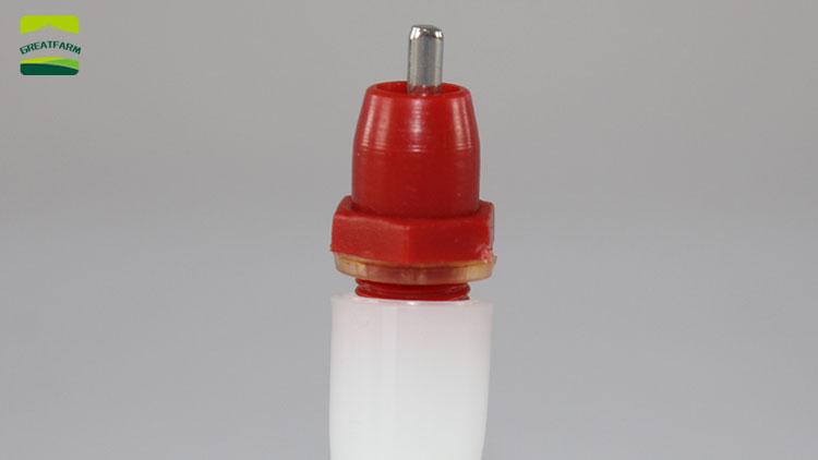 偉大なファーム鶏乳首自動鶏水家禽のための乳首酒鶏散水ディスペンサー機器