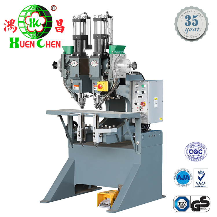 Industrial automatic two head press eyelet machine for lever arch file