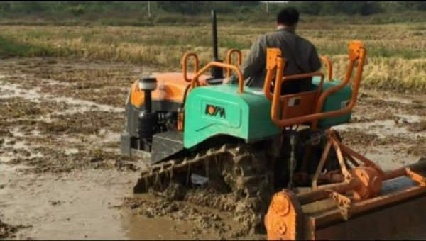 haute qualit angd meilleur prix micro chinois jardin tracteur avec chargeurs 2016 tracteur id. Black Bedroom Furniture Sets. Home Design Ideas