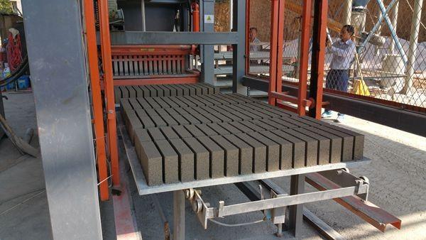 Fabricar adoquines gym qt4 13 moldes para adoquines de for Moldes para adoquines