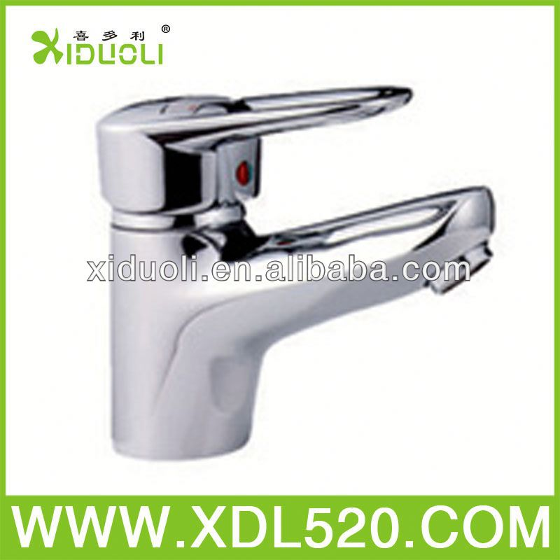 fancy bathroom sink faucets/faucet holder/4 way tap