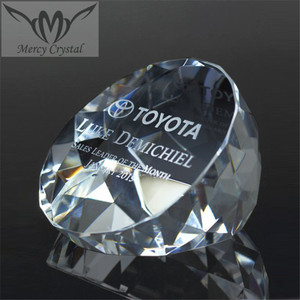 Optical Faceted Crystal Diamond Cut Paperweight For Car Brand Sales Performance Award