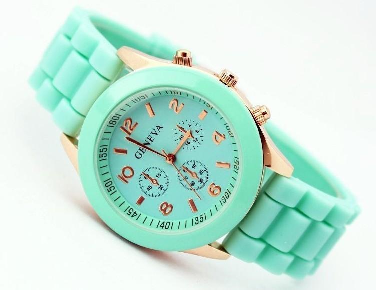 3776b3bf1eb1 McyKcyCasual Смотреть Женева Мужской Кварцевые часы 16 цветов мужчин, женщин  Аналоговые наручные Часы Спортивные Часы Розовое Золото Силиконовые часы