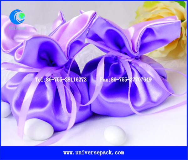 Cute design candy packing most popular satin bag for wedding