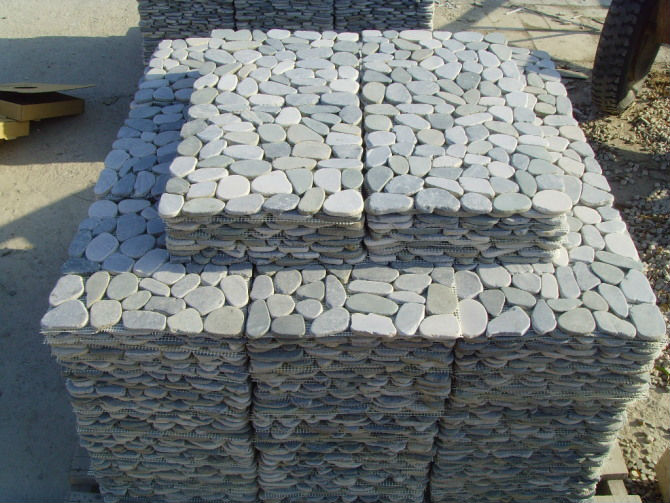Cut Mesh Pebble Stone Garden Outdoor Floor Paver Tile