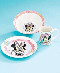Turn mealtime into fun time when you serve on this 3-Pc. minnie Boutique Disney Meal Set.
