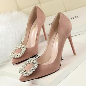 SW1182 elegant diamond decorated pointed toe sexy stiletto heel 10cm women wedding shoes