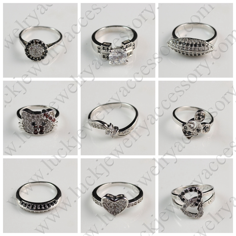 Unique Beautiful Small White Zircon and Black Diamond Silver Plated Finger Ring Design for Woman