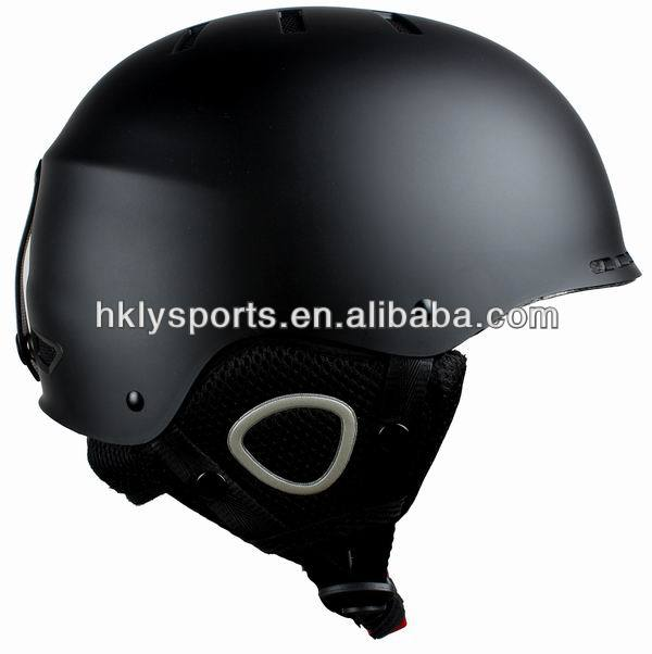 new fashion OEM available ABS soft protective ski helmet with mini visor