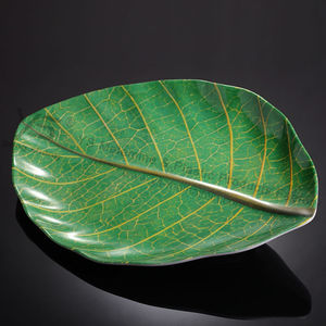 Plastic dinner plates leaf shaped plates size in 10inch,14inch