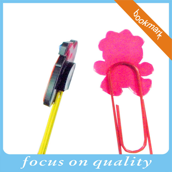 high quality rubber pvc paper clip pink color beautiful 3d bookmark design with backing rubber knot