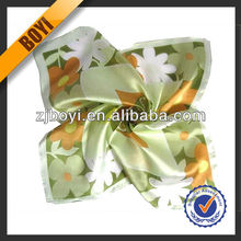 2017 Custom Digital Print Silk Lady Fashion Scarf