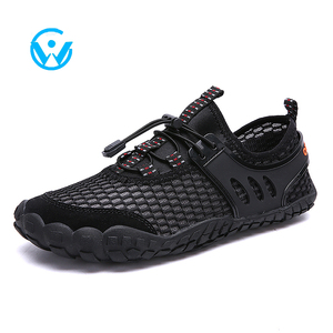 Wholesale Summer Men Anti-slip Beach Shoes Yoga Shoes Walking Diving Surfing Swimming Aqua Upstream Barefoot Water Shoes
