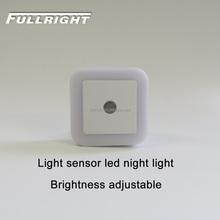 2017 Produto Inovador Idéias Dia Noite Sensor De Luz Tomada De Luz Da Noite