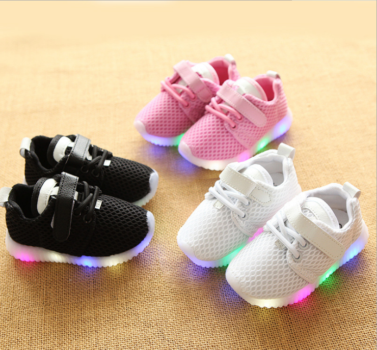 Wholesale soft kids LED shoes rubber sole baby shoes 2017