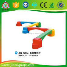 Hot selling Plastic play games for kids