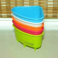 Household triangle plastic fruit sieve with tray