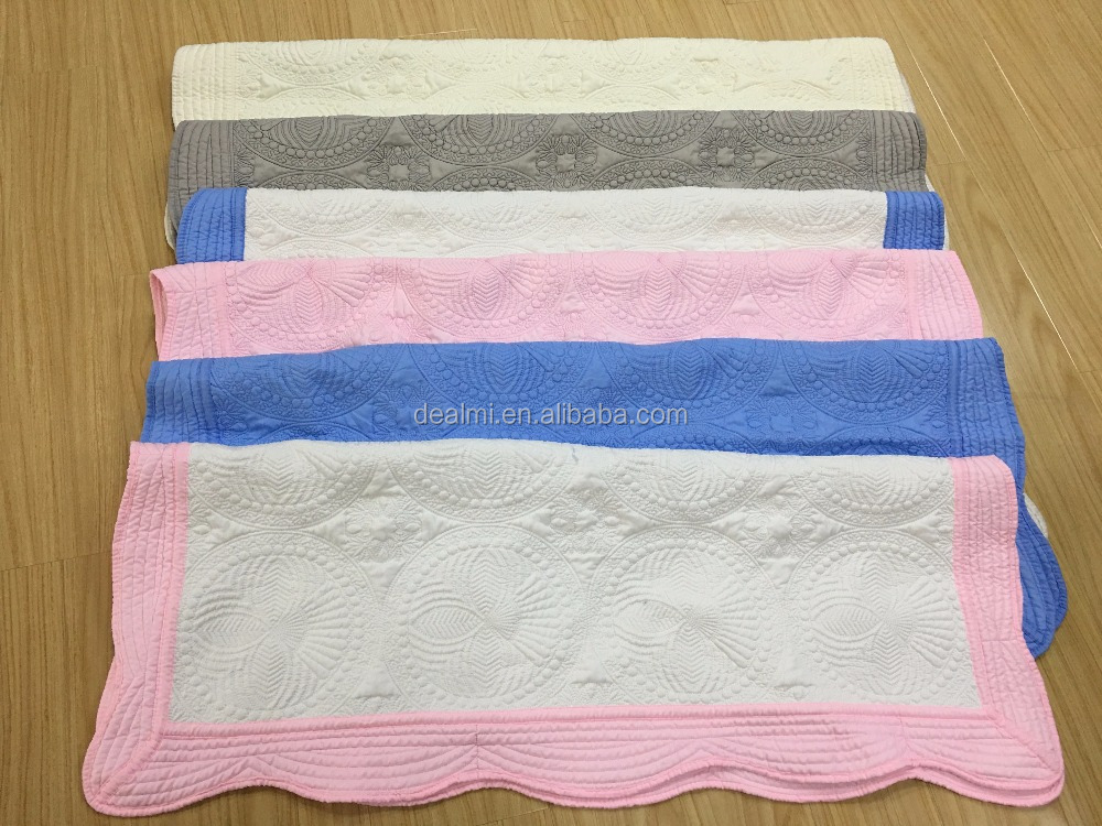 2017 Newly Wholesale 100% Cotton Soft-Handmade Monogram Crib Baby Quilt Blanket