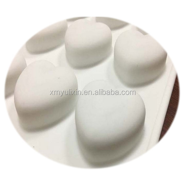 FDA silicone small flat heart shaped chocolate mold