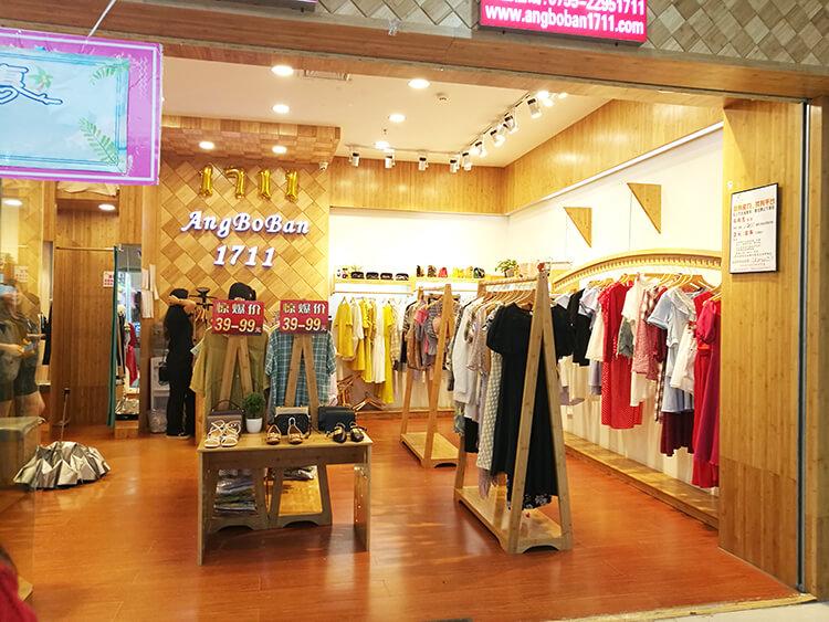 Simple Interior And Exterior Decor Retail Ladi Garment Shop Interior Design View Ladi Garment Shop Interior Design Jova Product Details From Guangzhou Jova Display Furniture Design Manufacturer Factory On Alibaba Com
