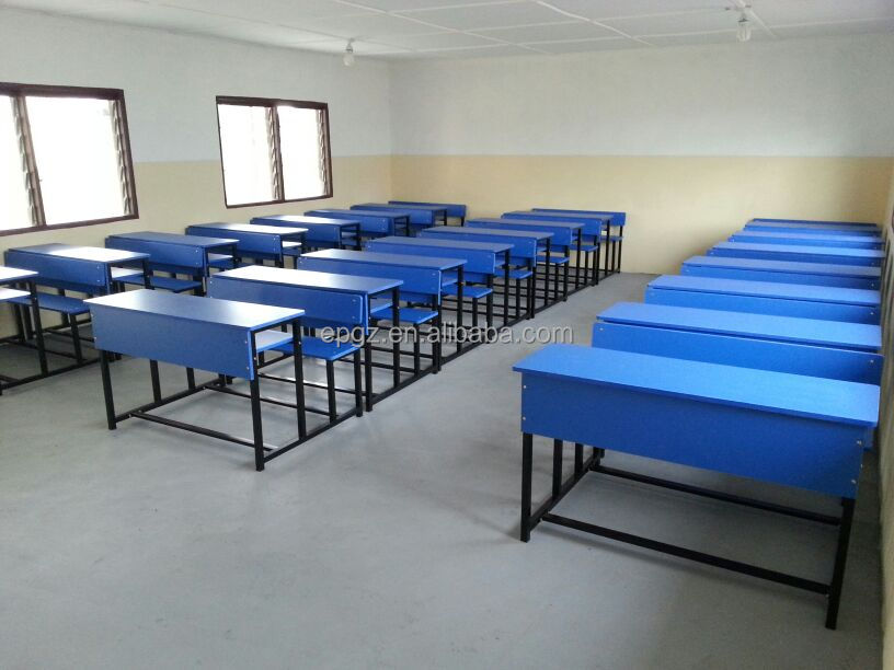 Bureau et une chaise École pour les Élèves du primaire bureau banc