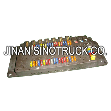 Promotion In Africa! Truck Body Parts WG9716580021 Fuse Box Assy Used For SINOTRUK HOWO Trucks