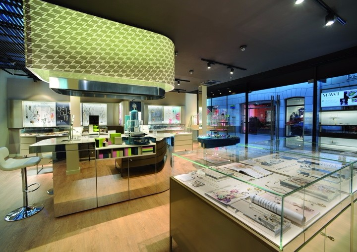 Cadenzza-Concept-Store-by-DFROST-Innsbruck-Austria-02.jpg