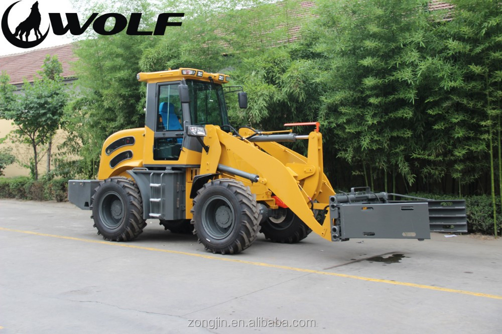 macchine operatrici bull WOLF-2-8ton-loader-with-Bale-grab