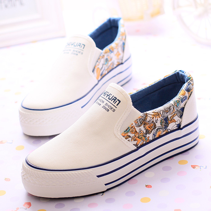 2bb61b44e715 Buy Popular Style Women Platform Sneakers Black Blue Floral Print Canvas  Shoes Female Loafers Shoes 2014 Autumn Woman Leisure Shoes in Cheap Price  on ...