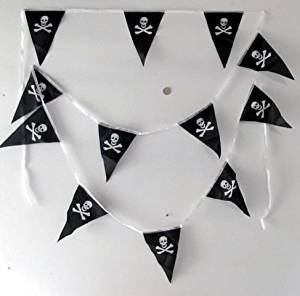 Bunting/Flags/Garland ~ PIRATE ~ Skull & Crossbones (5 Metres)