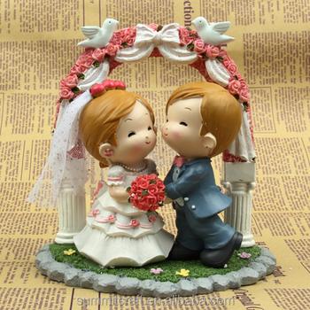 Best Bride And Groom Wedding Gift Sweet Resin Wedding Couple