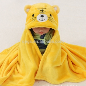 2019 Wholesale Popular Cartoon Cute Animal Shaped Wearable Coral Fleece baby swaddle Blanket