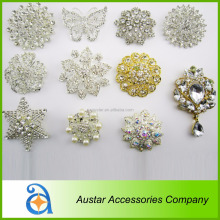 Purple cheap rhinestone brooch for wedding in bulk,wholesale brooch