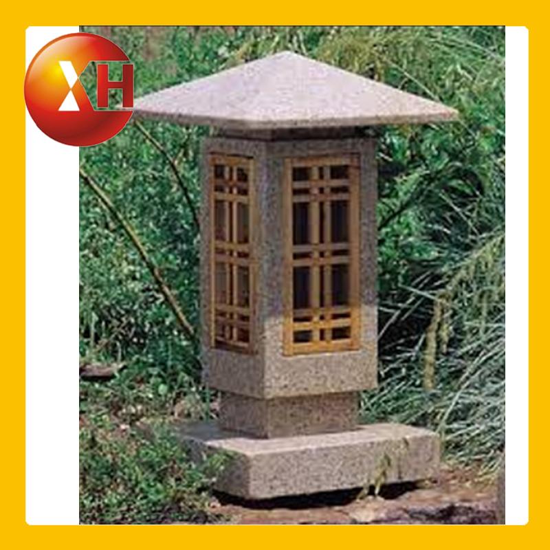 Japanese garden antique stone and wooden lanterns for for Wooden garden lanterns