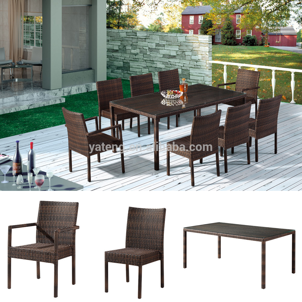 Wholesale modern outdoor dining furnitures rattan table and chairs