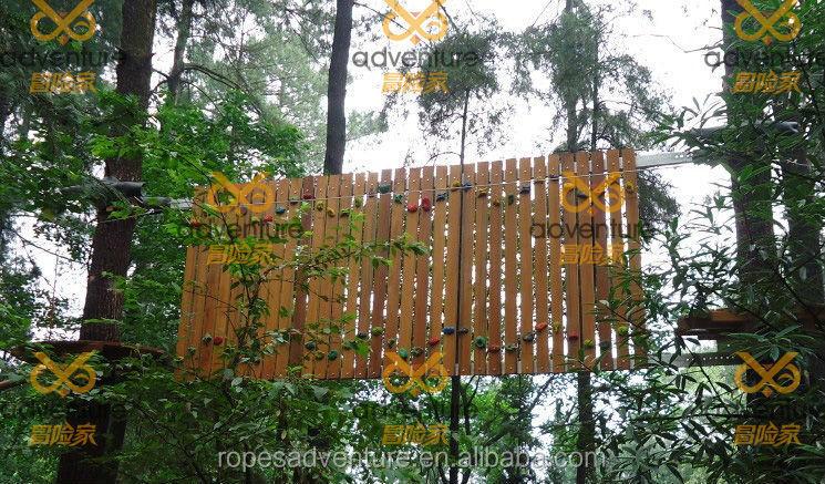 Klettergerüst Baum : Wismar baum stürzt auf spielplatz einer kita u oz ostsee zeitung