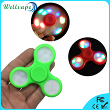 Low price high quality hand toy 608 bearing LED light fidget finger spinner
