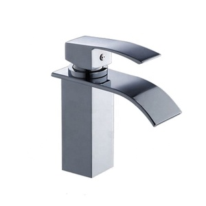 Modern Chromed Single Handle Waterfall Bathroom Faucets/Taps XR018