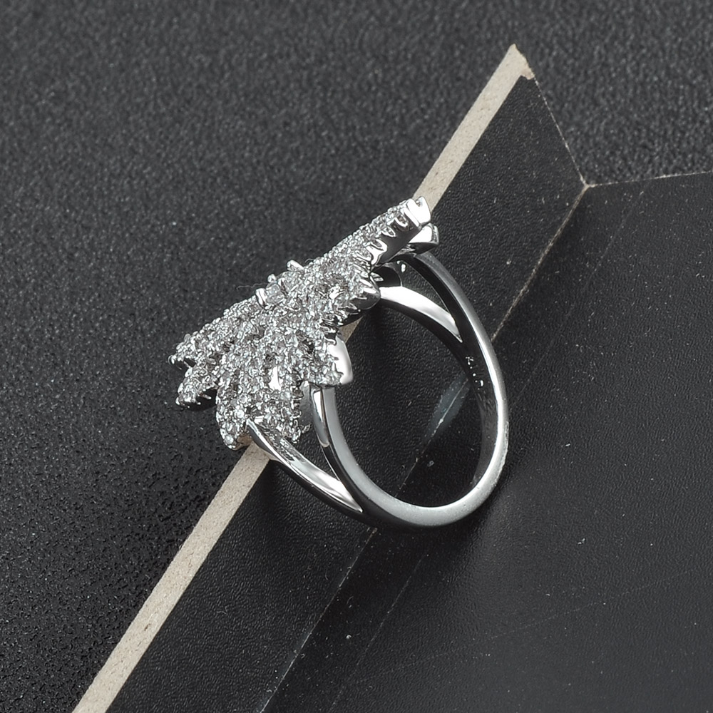 Trend 2018 Latest Gold Silver Finger Ring Design Diamond Engagement Wedding Ring