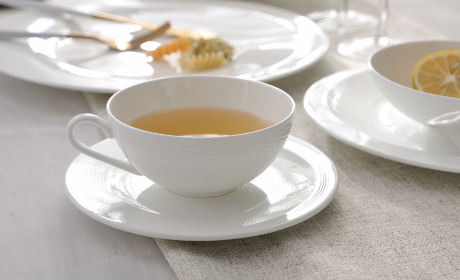 coffee cups and saucers sets