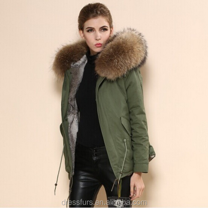 2015 New Design Women Down Coat Short Style With Real Fur Trim At