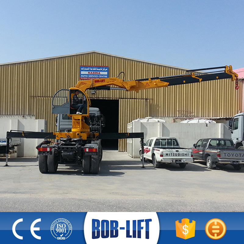 Forklift jib 15 ton truck crane using on bridge