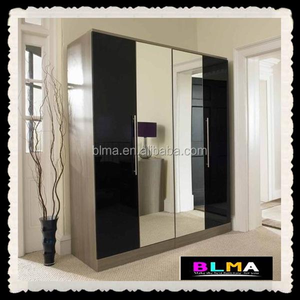 Porte Scorrevoli 4 Ante.4 Porte Armadio Con Specchio Armadio Con Ante Scorrevoli A