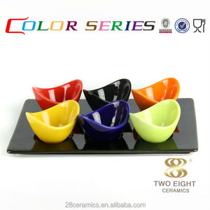 Wholesale color buffet tableware, condiment set 6 small ceramic divided bowl with tray