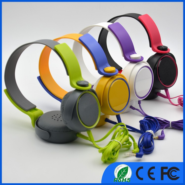 OEM Logo Super Bass Best price colorful wired headphone, OEM wired mp3