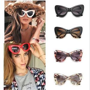 351a819376f Cat Eye Frame Sunglasses