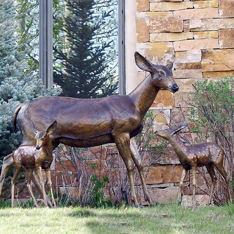 Lifelike Stag Zoo Sculpture Bronze Casting Life Size Deer Family Garden  Statue - Buy Bronze Stag Statue,Bronze Deer Statue,Bronze Life Size Deer
