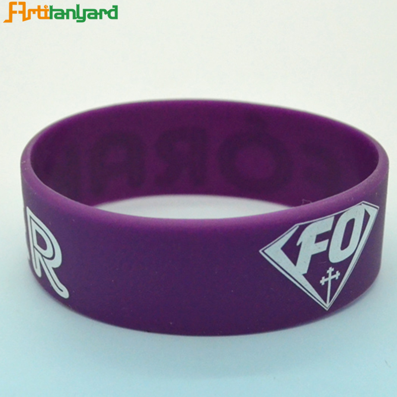 High quality mens or male chinese oem silicone bracelet models